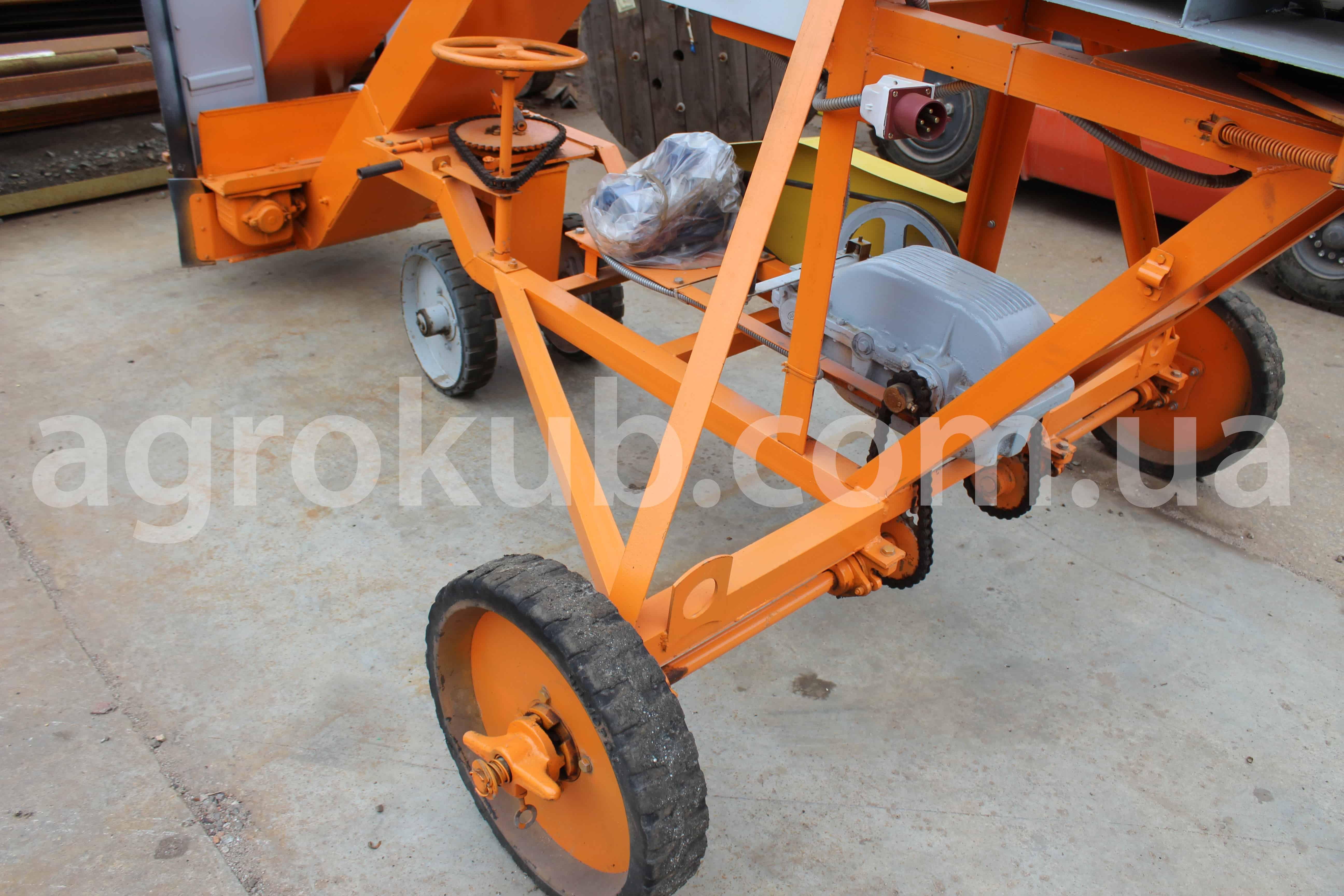 Зернометатель (зернопогрузчик) ЗМ-90У