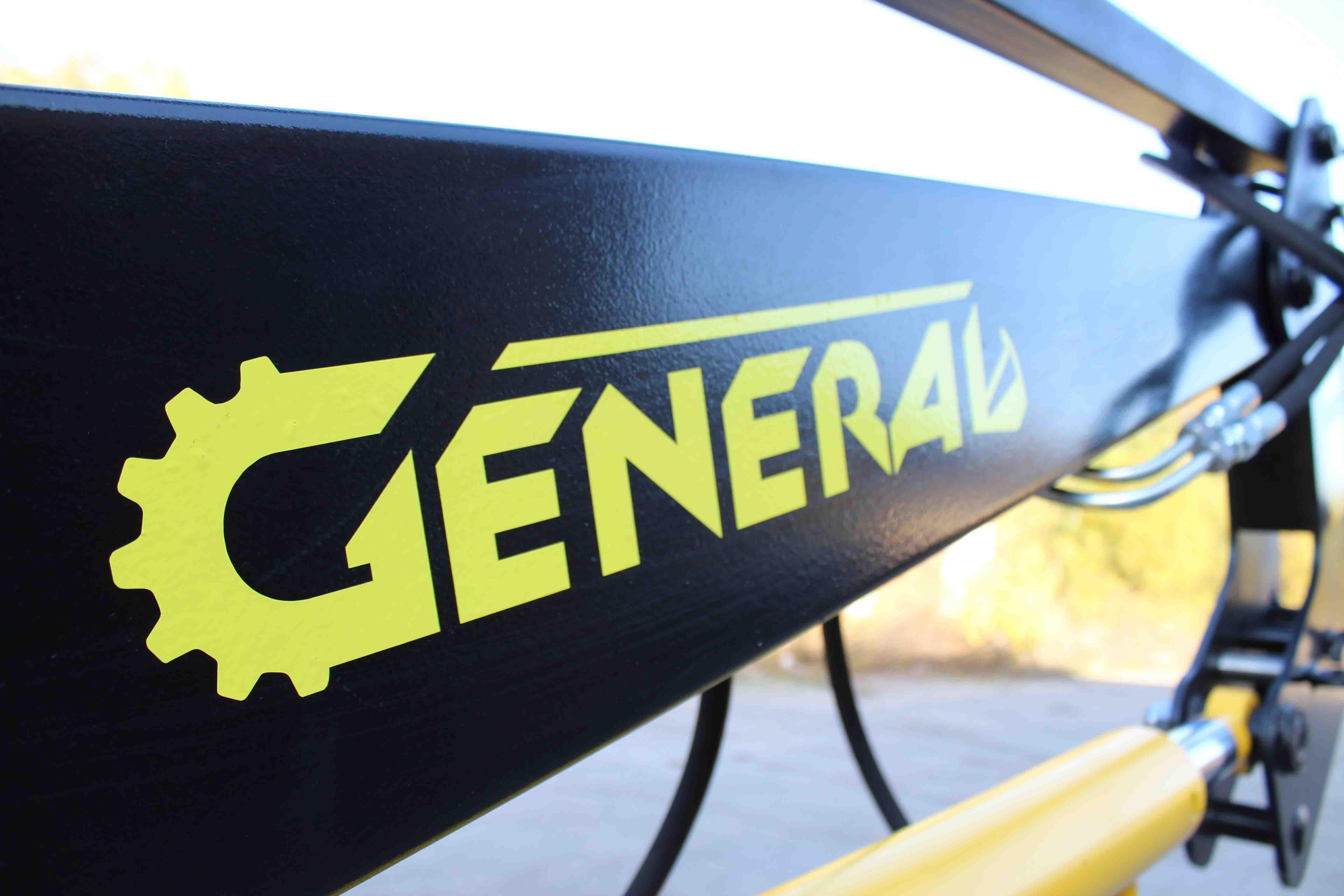 Быстросъемный фронтальный погрузчик  GENERAL 2000