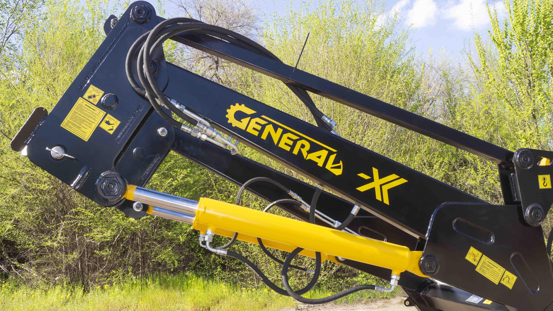 Быстросъемный фронтальный погрузчик  GENERAL X